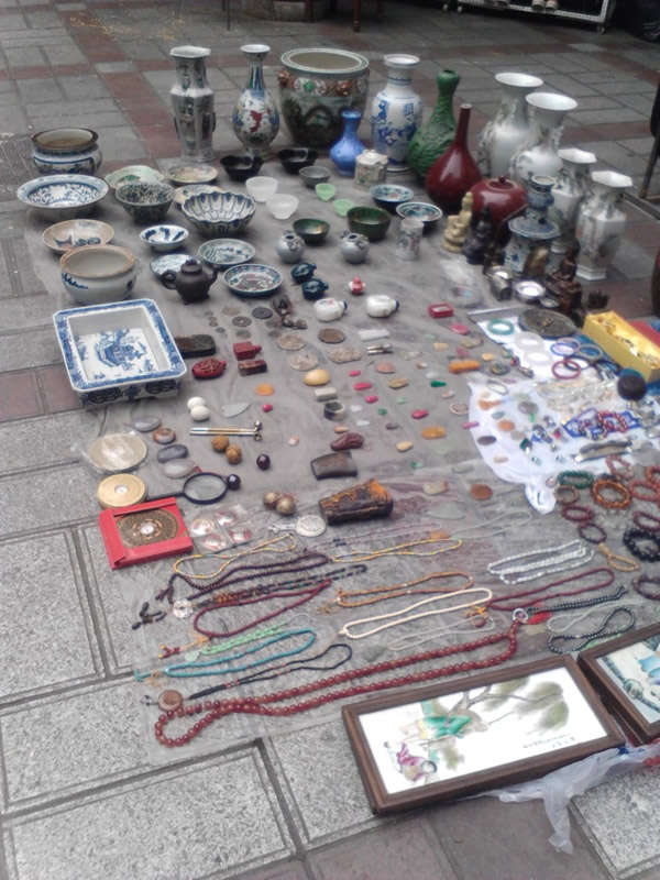 Gaoshengqiao Antique Market