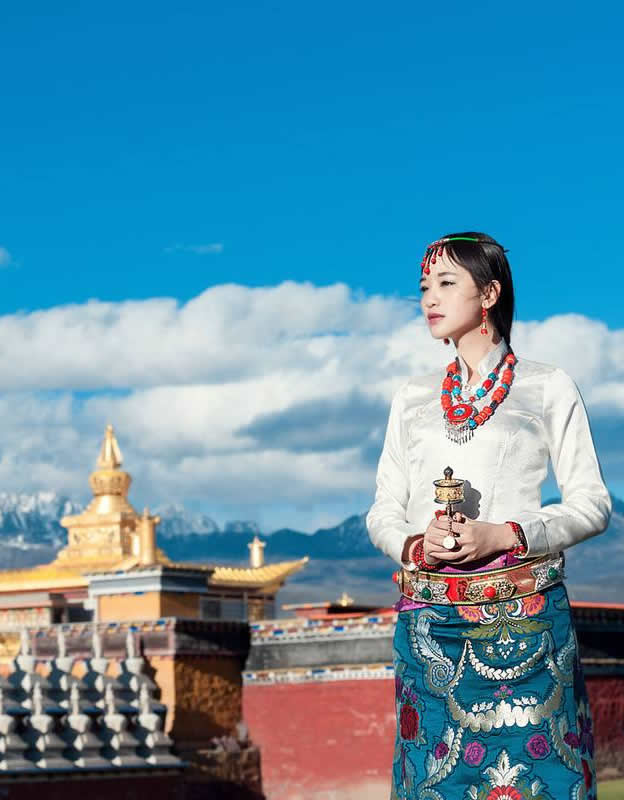 Kangding Travel Guide and Tours